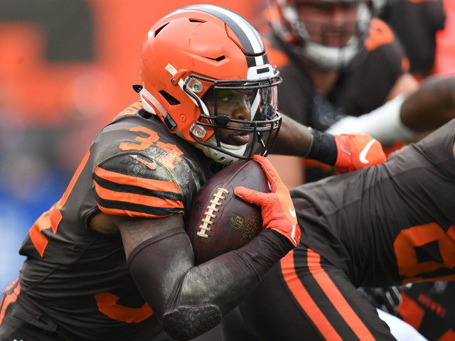 With Leonard Fournette banged up, Jaguars trade for Browns RB Carlos Hyde