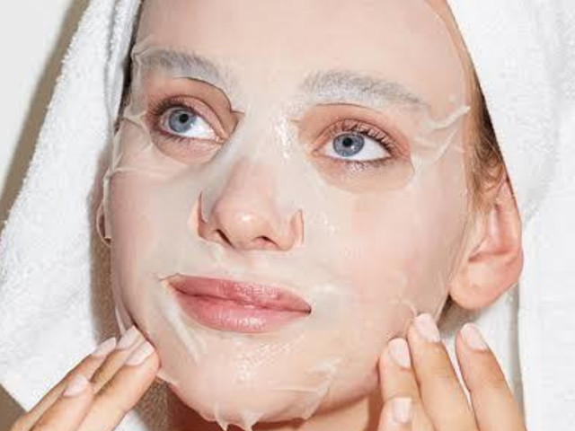 Girls, would you like to be seen by your man when having skincare masks on your face? Guys, do you mind it?