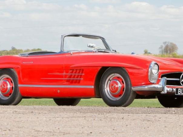 Three-owner 1962 Mercedes-Benz 300 SL Roadster tops Goodwood sale
