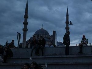 Turkey passes 25,000 COVID-19-related deaths