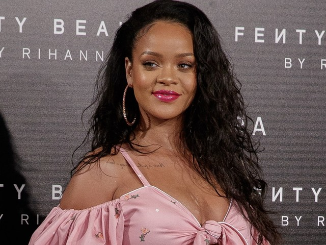 Rihanna Sues Her Father For Exploiting Fenty Name