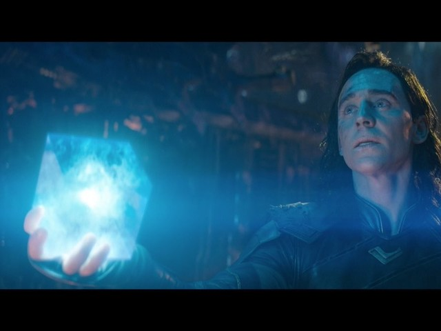 """""""The first trailer for 'The Avengers: Infinity War' is here"""" links"""