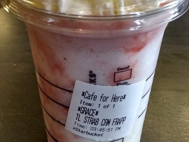 Starbucks baristas want you to stop asking them to blend food into your drinks