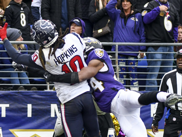 DeAndre Hopkins calls for Al Riveron's replacement on reviews after obvious pass interference miss