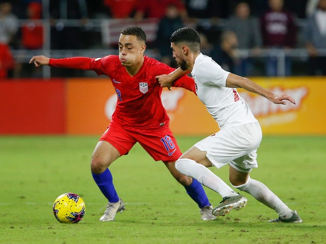 USMNT defender Sergiño Dest leaves Ajax training camp in Qatar amid Iran tension