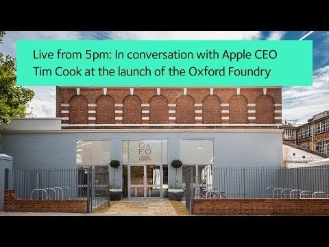 Apple CEO Tim Cook Talks to Students at Oxford University