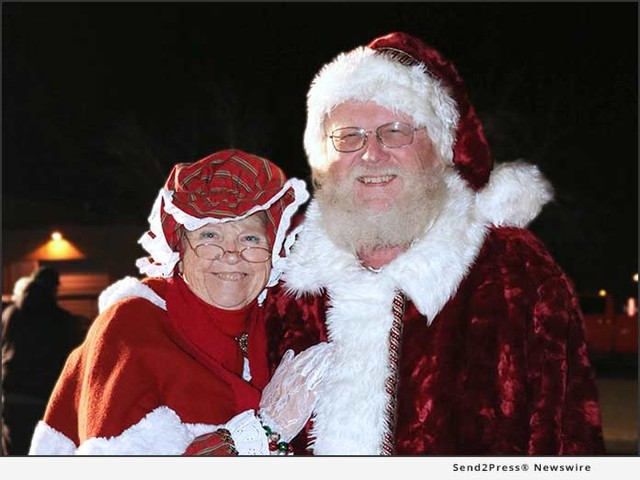 Paragon Gives Hosts Pearl Buck Preschool's Family Christmas Carnival