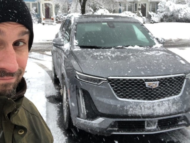 I drove a $76,000 Cadillac XT6 and $70,000 Lincoln Aviator in a battle of three-row American luxury SUVs — and the winner was clear (GM, F)