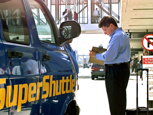SuperShuttle, born to serve LAX in the '80s, is going out of business