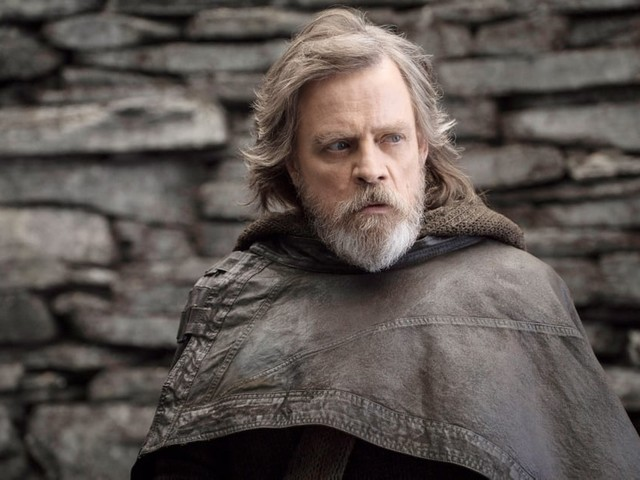 Star Wars Fans Are Already Hoping This Episode IX Theory About Luke Isn't True
