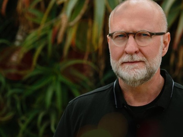 """Bob Mould – """"I Don't Mind"""" (Buzzcocks Cover)"""