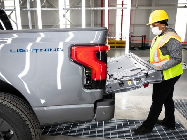 Ford Begins Pre-Production Of All-Electric F-150 Lightning Truck, Boosts Investment, Adds Jobs In Michigan