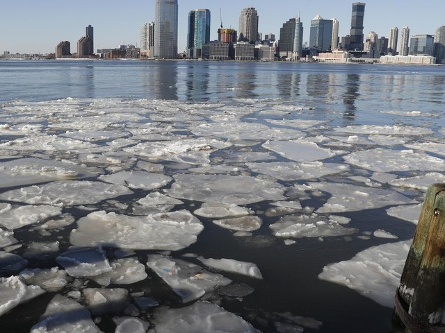 Weather Service winter forecast: A bit warmer, but chaotic