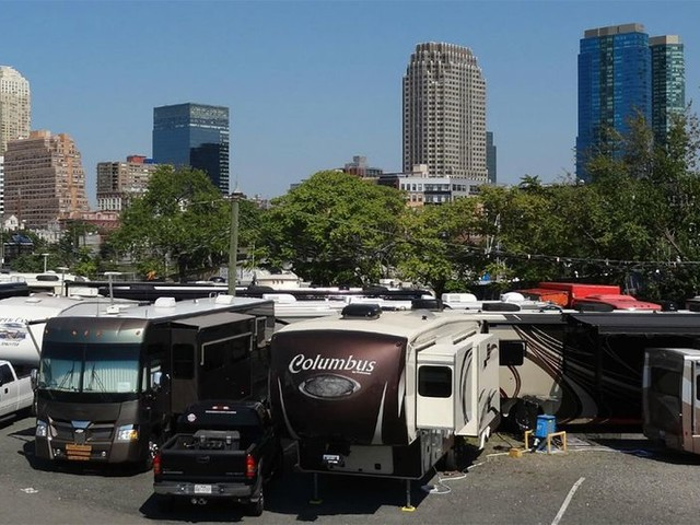 RV With a View: Scenic Spots to Park Across America