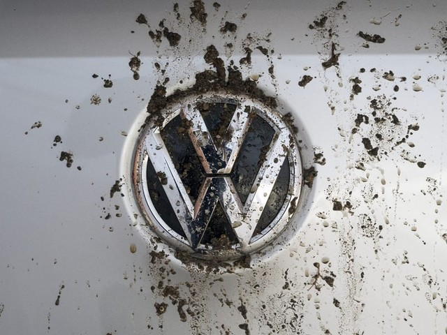 Volkswagen Charged With Violating Vehicle Emission Rules in Canada