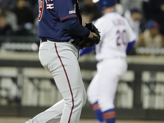 Walks in the park: Mets stroll away with a victory over wild Twins