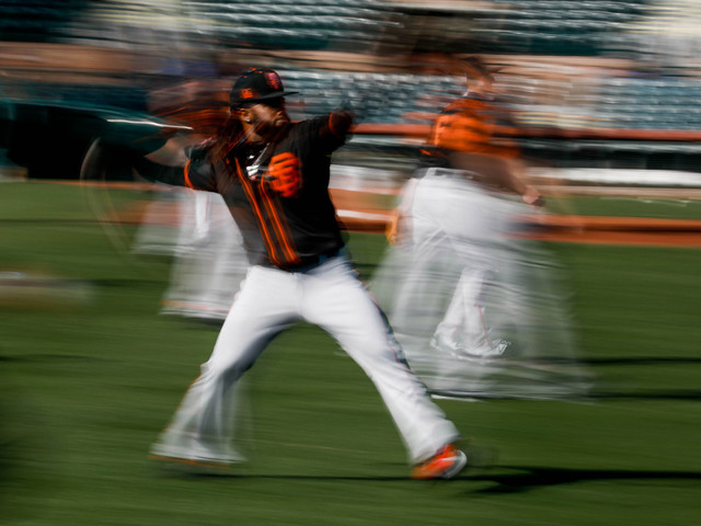 Photos: San Francisco Giants work out in Scottsdale