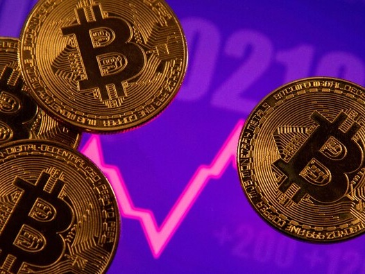 Bitcoin eyes new record above $61,000 as the crypto market's focus turns to Coinbase IPO
