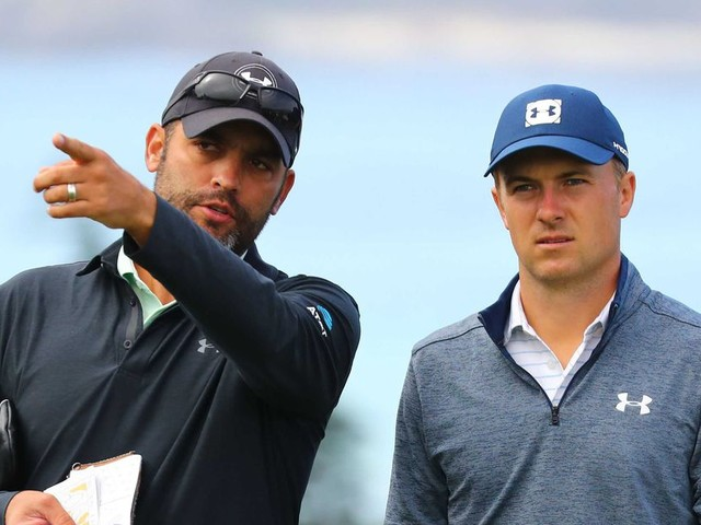 Jordan Spieth chastising his caddie provokes support for Michael Greller at U.S. Open
