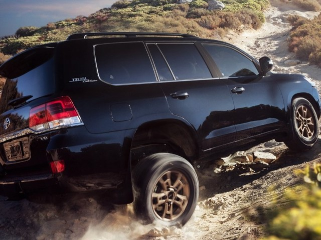 Toyota Will Hybridize the Land Cruiser