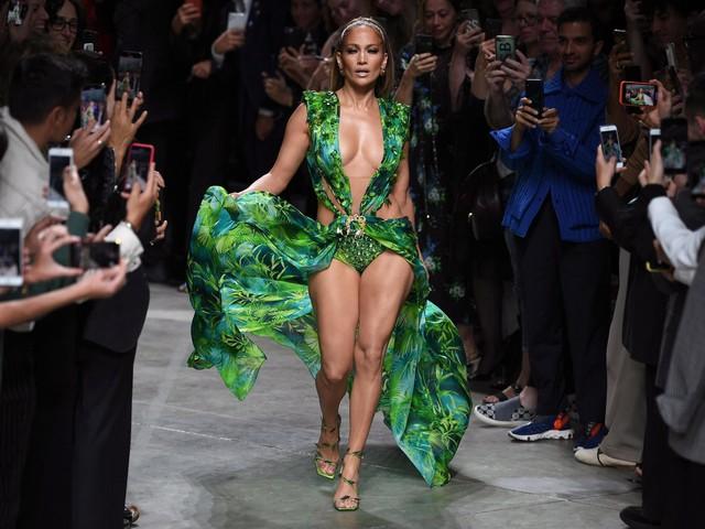 Jennifer Lopez stuns on Milan Fashion Week runway in new version of iconic Versace dress
