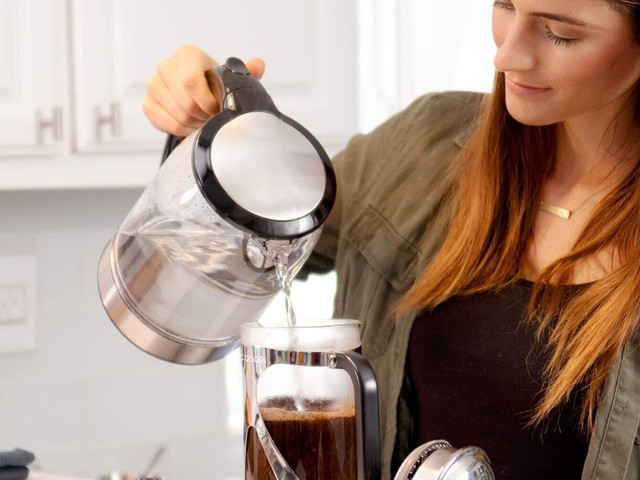 One of the best electric kettles on Amazon is down to $20
