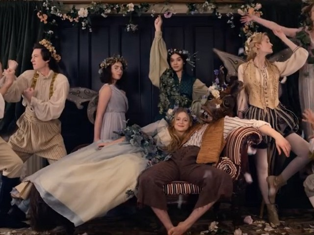 Apple TV+ Show 'Dickinson' to Premiere at Tribeca TV Festival on September 14