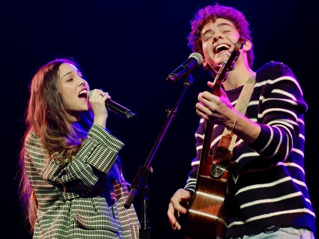 """Exclusive: Joshua Bassett and Olivia Rodrigo Perform """"Just For a Moment"""" Live For the First Time"""
