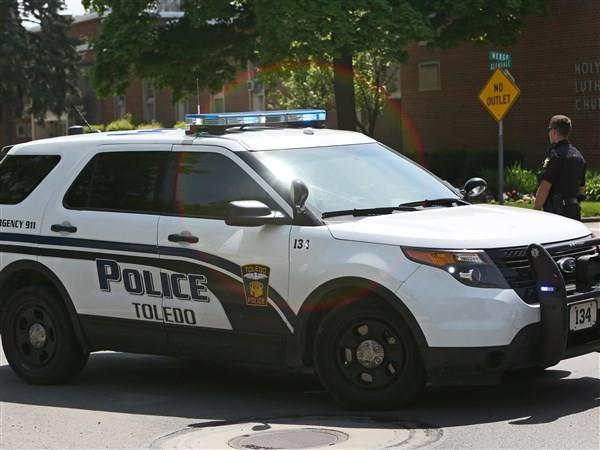 Three injured in weekend shootings