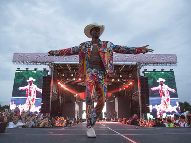 Lil Nas X Holds Off Taylor Swift to Stay No. 1 for 5th Straight Week