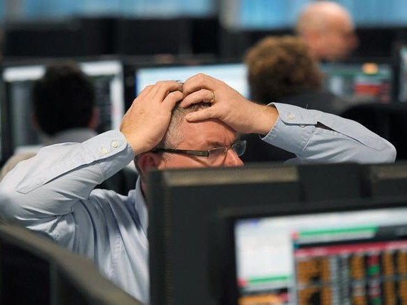 Futures Tumble, European Stocks, Oil Plummet As Europe Imposes Partial Lockdowns