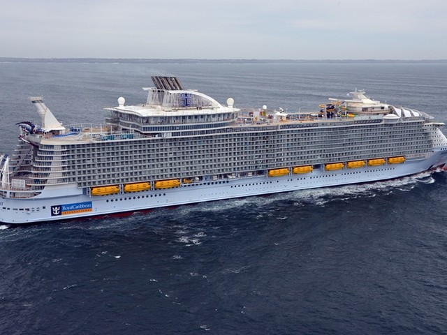 Royal Caribbean creates expert panel to develop cruise ship health policies