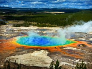 A New Thermal Area Was Just Discovered Under Yellowstone