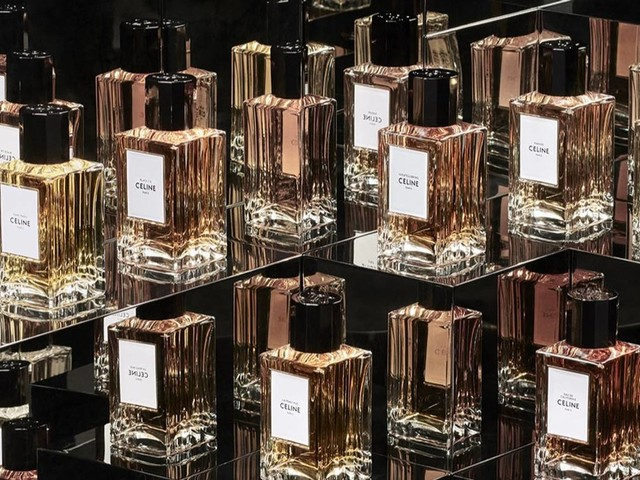 The world's Top 50 luxury brands lost 7.6 billion dollars in value this year