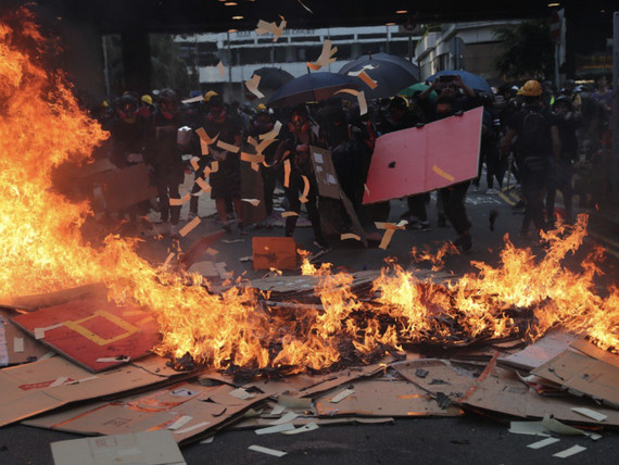 Hong Kong Violence Sends Home Prices Tumbling Over 20%, Puts HSBC In The Crosshairs