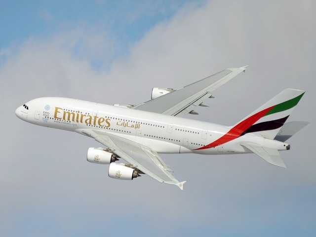 Emirates delays launch of Premium Economy