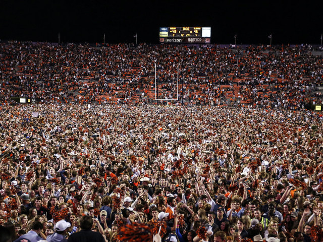 SEC fines Auburn $250,000 after fans rush field vs Alabama