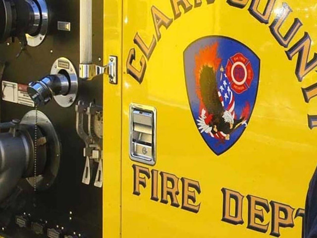 Woman burned in central Las Vegas strip mall fire