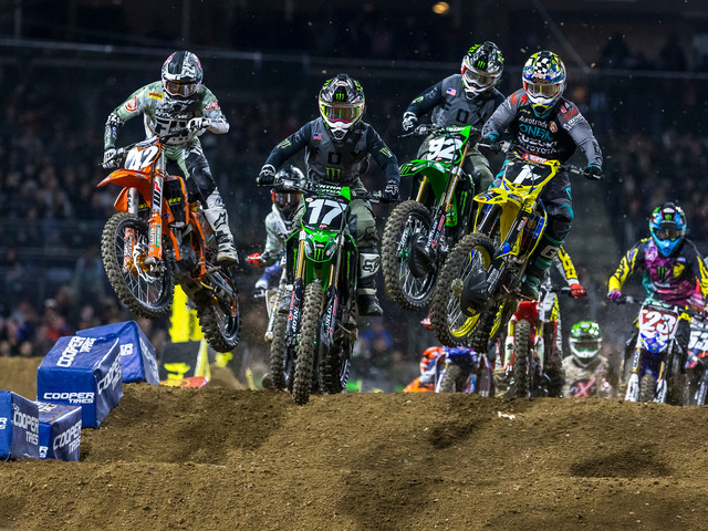 2018 San Diego Supercross | Brand Representation - Total Of Bike, Gear & Part Brands In Main Events