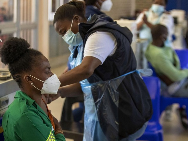 Africa CDC says vaccine passports 'inappropriate' for now