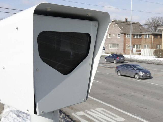 Look out texters: Distracted driving cameras may be watching