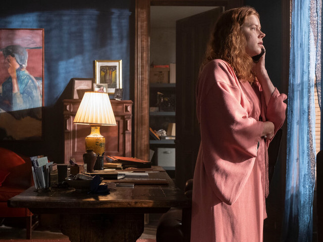 'The Woman in the Window' Review: Don't You Be My Neighbor