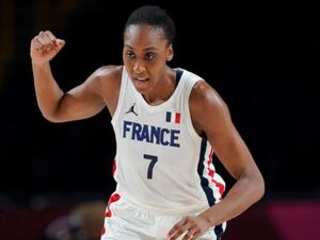 France wins first game of Olympics, routs Nigeria 87-62