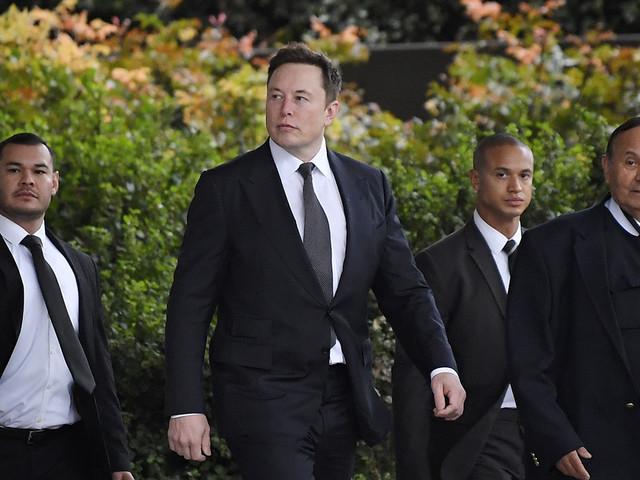 British caver seeks $190 million from Elon Musk for tweet