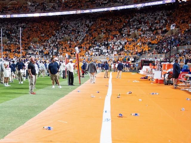 College football Week 7 report card: Cheers to Purdue's beer-soaked lineman, jeers to Tennessee's trash-throwing fans
