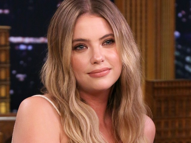 """Ashley Benson Just Debuted A """"Clavicle Bob"""" For Fall"""