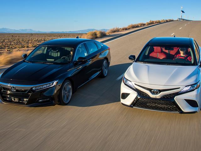 2018 Toyota Camry XSE V-6 vs. 2018 Honda Accord Touring 2.0T Comparison
