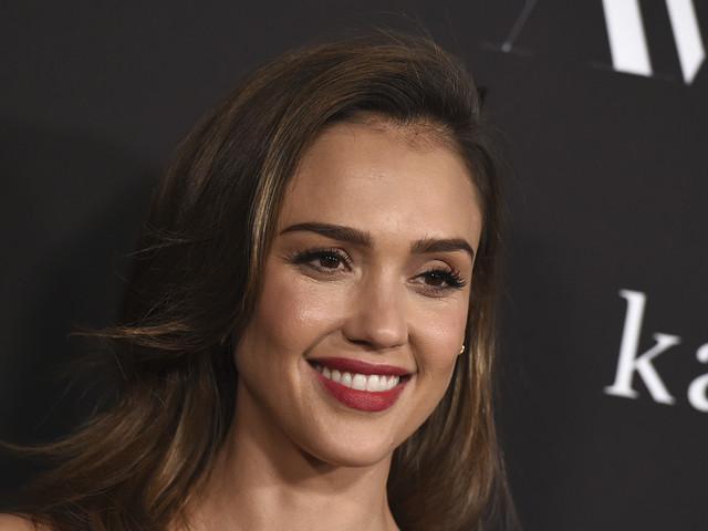 Jessica Alba's Honest Co. soars 44% in stock market debut