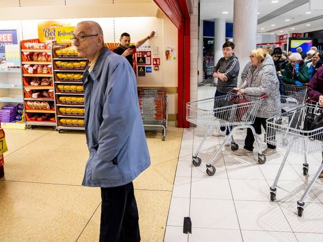 Here are all the major grocery-store chains around the world running special hours for the elderly and vulnerable to prevent the coronavirus spread