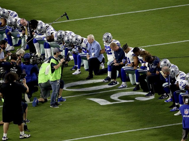 'America's Team' kneeled before the national anthem on Monday Night Football